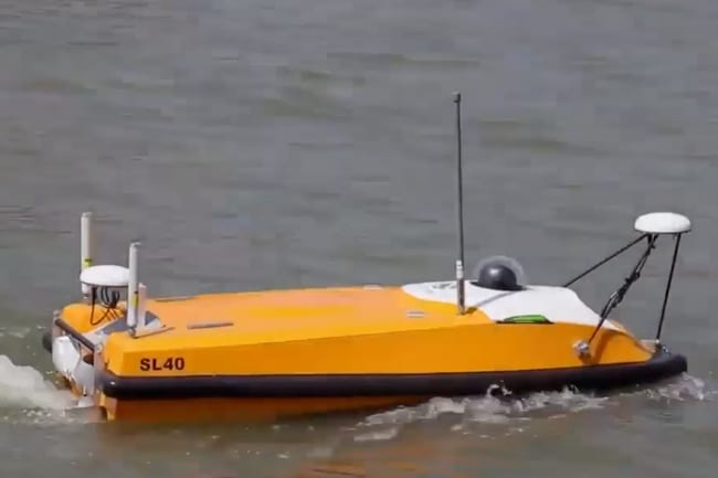 Cadden's Surveying solution integrating an OceanAlpha SL40 Autonomous Survey Boat